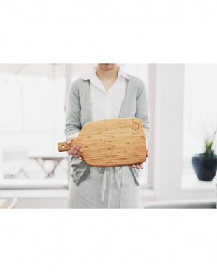 la cuisine 竹製 カッティングボード見る