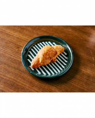 グリーン  日本製 美濃焼 スリップウェアプレート 2枚セット見る