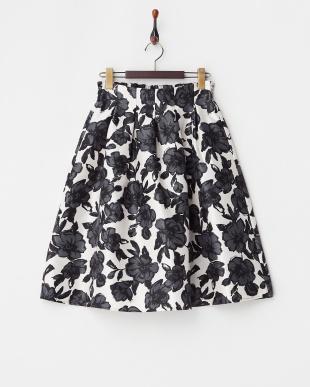 オフホワイト フラワー柄スカート見る