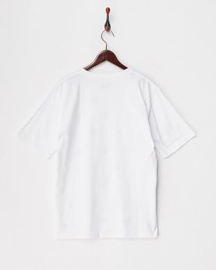 ホワイト  フラワーエンブロイダリーTシャツ見る