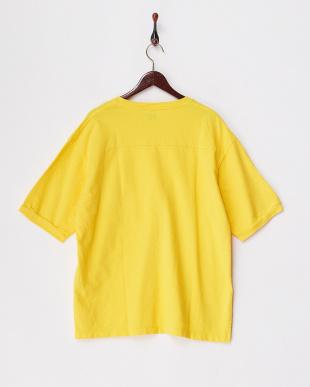 イエロー  リラックスフィットスウェットTシャツ見る