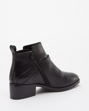BLACK LEATHER  ETTA BOOTIE II見る