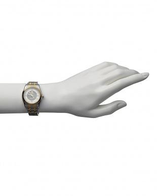 ゴールド/ホワイト  ダイヤ付き ソーラー電波腕時計 096|WOMEN見る