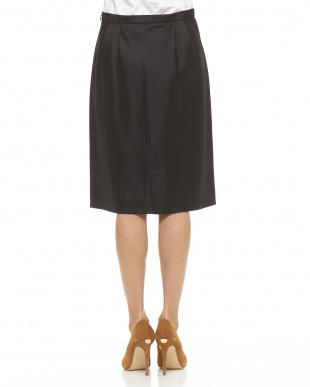 ブラック シルク混シャンタンタイトスカート見る