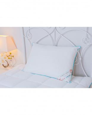 ホワイト ANGEL BLUE 枕/掛け布団/オーバーレイ シングル3点セット見る