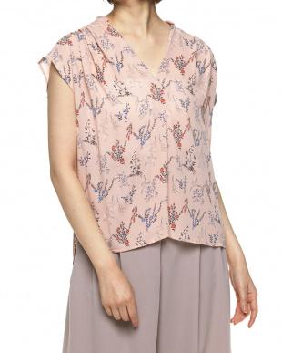 ピンク フラワープリントスキッパーシャツ見る