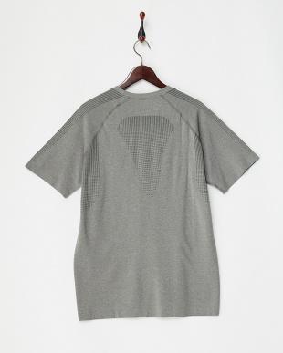 MEDIUM GRAY  EVOKNIT ベーシック Tシャツ見る