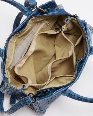 ブルー  クロコ型押しハンドバッグ見る