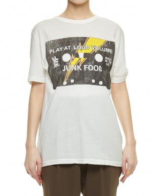WHITE JF:MENSパターンTシャツ見る