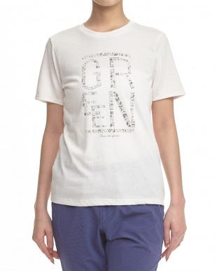 ホワイトベージュ  エスニックロゴTシャツ見る