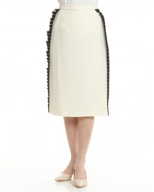 アイボリー サイドプリーツデザインスカート見る