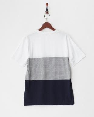 ホワイト パネルパターンTシャツ見る