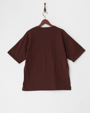 ダークブラウン  ビックシルエットポケット付きTシャツ見る
