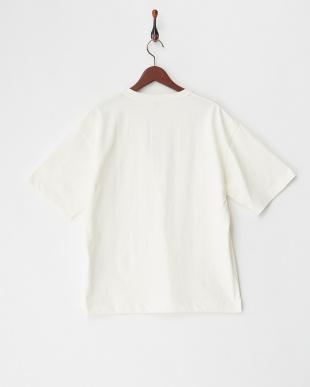 ホワイト  ビックシルエットポケット付きTシャツ見る