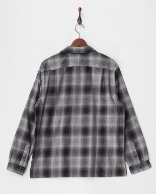 ミドルグレー  キャンプカラー オンブレチェックシャツ見る