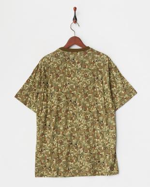 カーキ  タイルカモフラージュプリントTシャツ見る