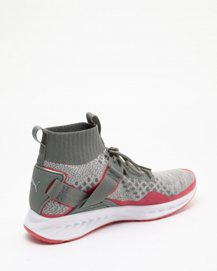 High Rise-Glacier Gray PUMA×STAPLE IGNITE EVO KNIT見る
