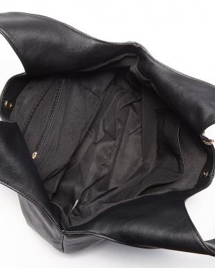 ブラック  タッセル付きトートバッグ見る
