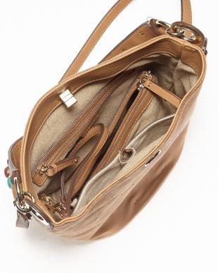 DK CAMEL  ストーン付きバケツ型バッグ見る