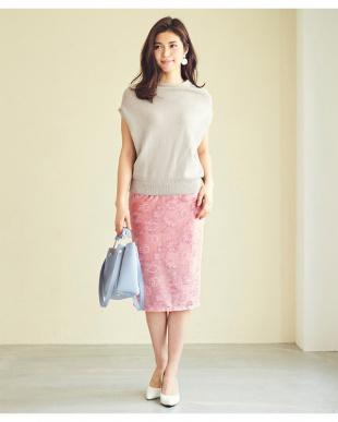 カーキ  ジャガード風ベロアタイトスカート見る