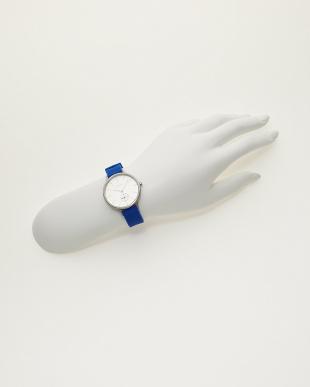 シルバー×ブルー 腕時計 ANITA|WOMEN見る
