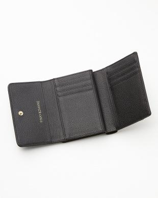 ブラック  ロゴ型押し口金付二つ折り財布見る