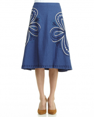 ベージュ  ビッグフラワー刺繍スカート見る
