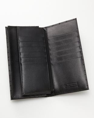 ブラック  クロコ型押し長財布見る
