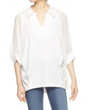 白 袖シフォン抜け衿カットシャツ見る
