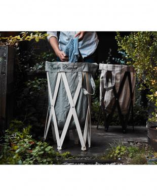 グレー×ナチュラル  ナチュラルな洗濯かご Laundry Hamper(ランドリーハンパー)見る