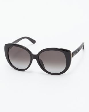 ブラック  カーブデザインテンプルサングラス見る