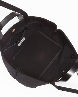 ブラック 3連メタルリング トートバッグ見る