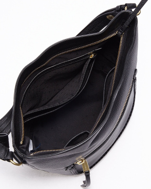 BLACK CELIA BUCKET HOBO バッグ見る