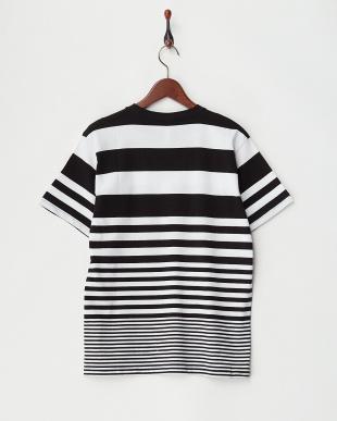 クロ×シロ(太ボーダー)  転換ボーダーTシャツ見る