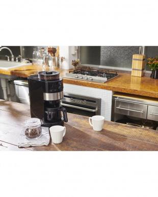 シルバー  siroca コーン式全自動コーヒーメーカー SC-C111見る