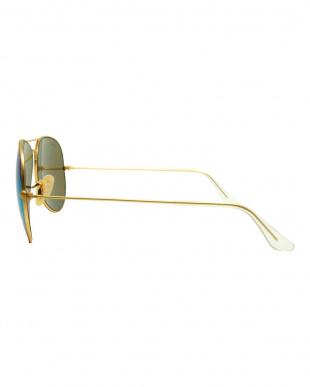 ゴールド系×グリーンミラー  AVIATOR サングラス見る