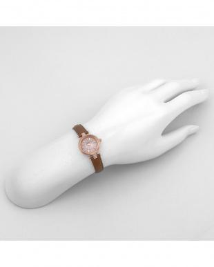 シルバーPBW HappyPrism 腕時計見る
