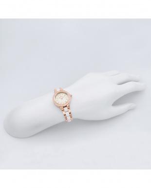 シルバーCPGZ ラブスポーツ 腕時計見る