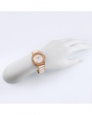 ホワイトCPGZ ラブスポーツ 腕時計見る
