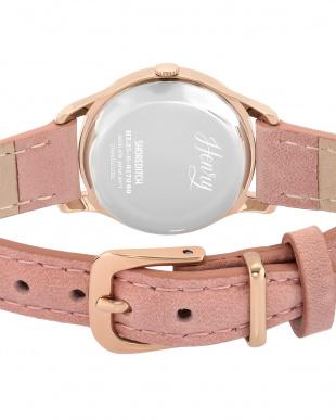 ピンク SHOREDITCH レザーバンド腕時計見る