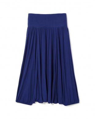 ROYAL BLUE ジニースカートパンツ見る