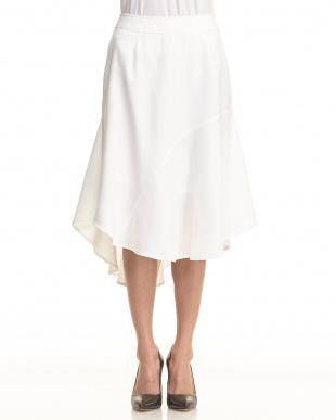 white 変形ヘムデザインフレアスカート見る