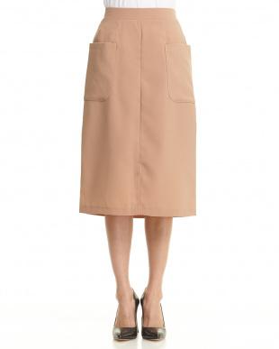 ベージュ  ビッグポケット付きスカート見る