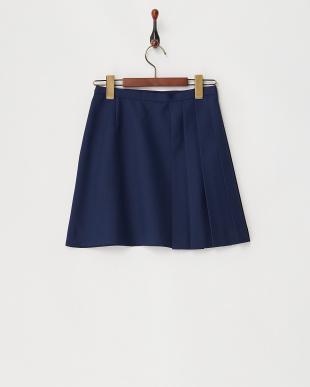 ネービーブルー プリーツ使いスカート見る