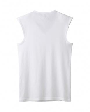 ホワイト  Vネックスリーブレスシャツ・吸汗速乾/冷感/抗菌防臭見る
