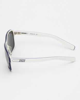 GREY/WHITE サングラス VINTAGE 77 AF|UNISEX見る