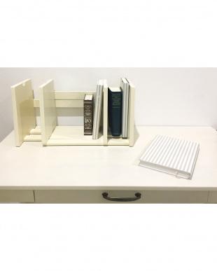 ホワイト  BookStand見る