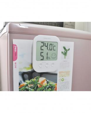 ホワイト  デジタル温湿度計「オプシス」見る