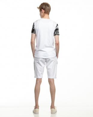 ホワイト  Tシャツ&ハーフパンツ セットアップ見る