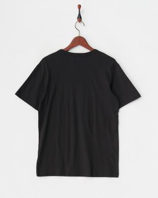 black  クルーネックプレーンTシャツ見る